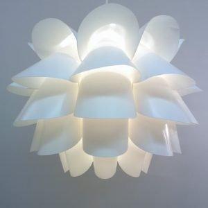 Retro Flower Light White