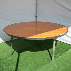 Round table 1.8m diameter